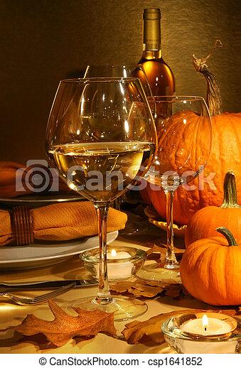 Wine at Thanksgiving - csp1641852