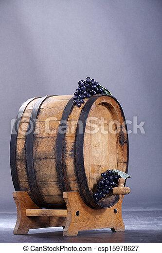 wine barrels - csp15978627