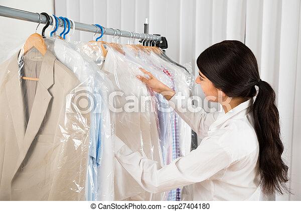 winkel, het kijken, vrouw, kleren - csp27404180