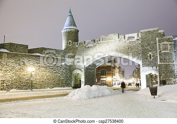 winter., 都市, 古い 都市, 夜現場, ケベック, landmark., canada., 要塞 - csp27538400