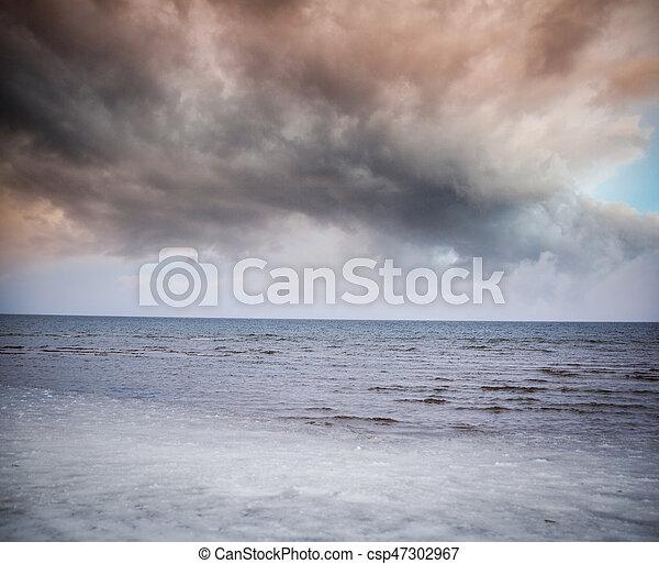 Winter sea. - csp47302967