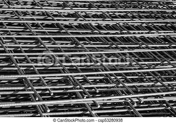 wire mesh  of concrete pouring  / Depth of field concept