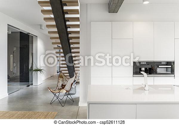 Witte kraan keuken kraan planken houten volgende helder