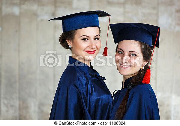 wizerunek, szczęśliwy, młody, absolwenci - csp11108324