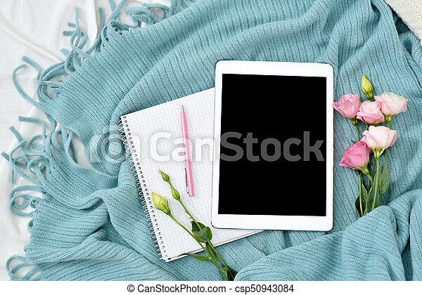 Wohnung, bohnenkaffee, kariert, becher, decke, tablette,... Bilder ...