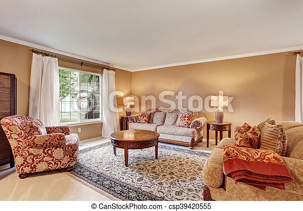 Wohnzimmer, vorhänge, teppich, wände, traditionelle , beige ...