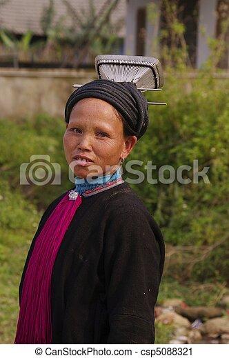Woman black Dao %u201CTien%u201D - csp5088321