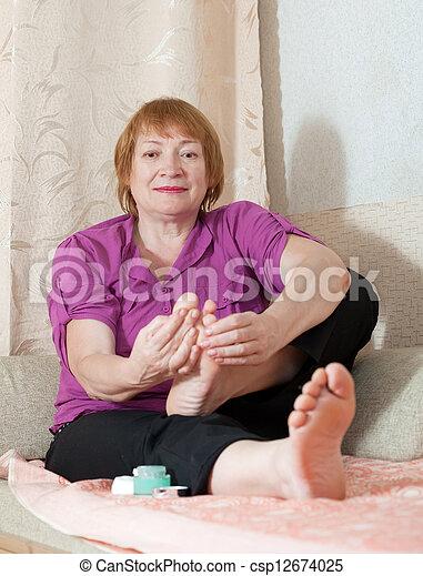 Mature womens feet