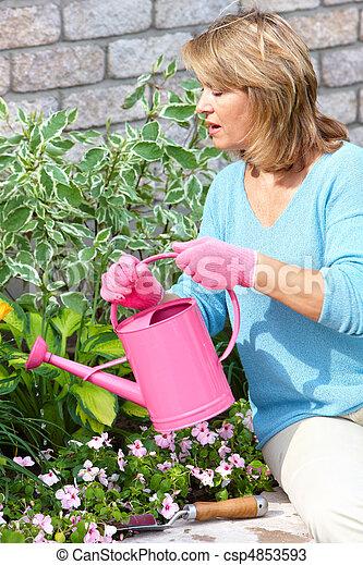 woman gardening - csp4853593