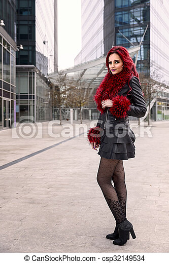 woman in a city - csp32149534