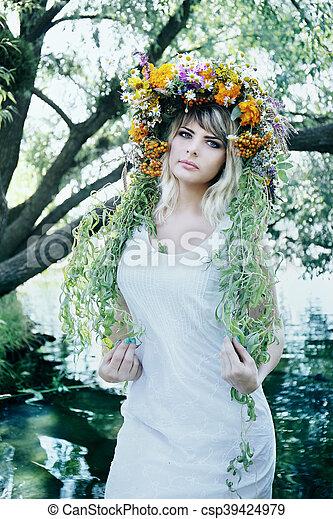 woman in a wreath - csp39424979