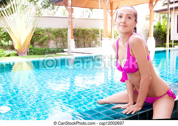 woman in the swimming pool - csp12002697