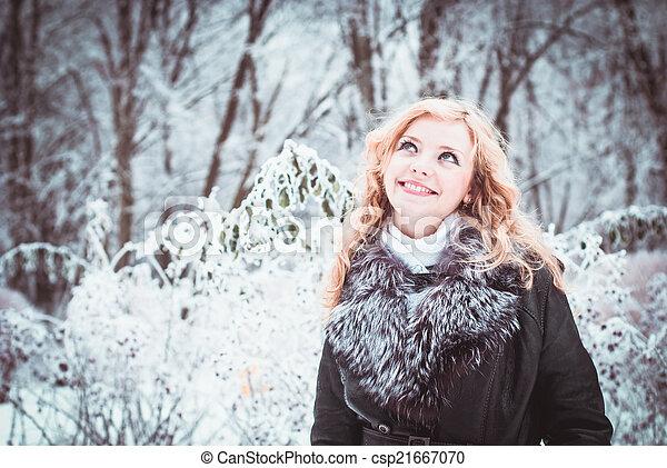 Woman in winter - csp21667070