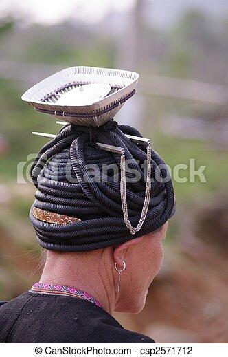 Woman of the Dao ethnic black - csp2571712