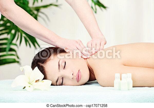 Woman on neck massage - csp17071258