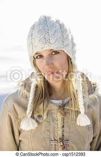 Woman outdoors in winter. - csp1512393