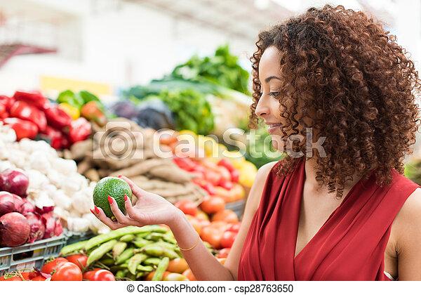 Woman shopping fruits - csp28763650
