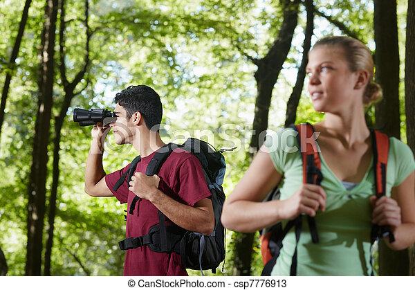 woman, wandert, junger, fernglas, wald, mann - csp7776913