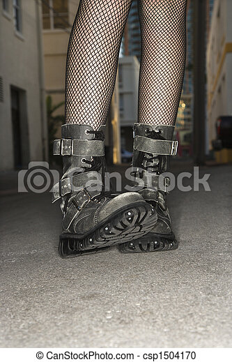 Woman wearing boots. - csp1504170