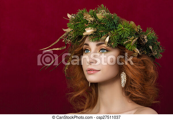 woman with firry wreath - csp27511037