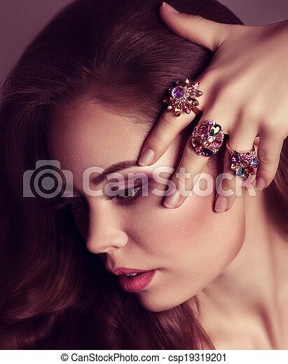 woman with jewelry precious  - csp19319201