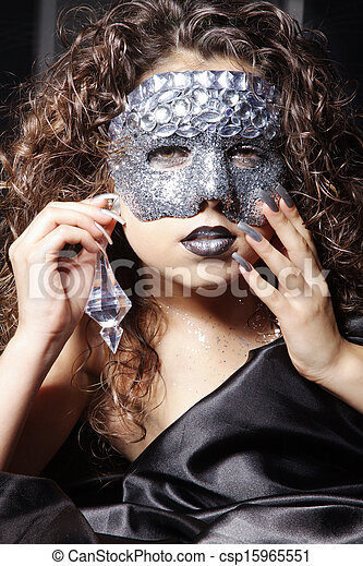 woman with mask - csp15965551