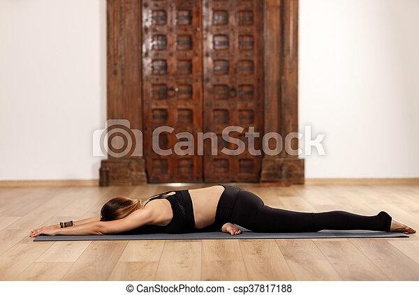 woman yoga trainer in asana woman yoga trainer in