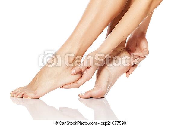 women's feet - csp21077590