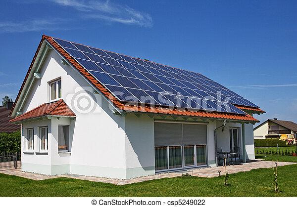 woning, panelen, zonne, dak - csp5249022