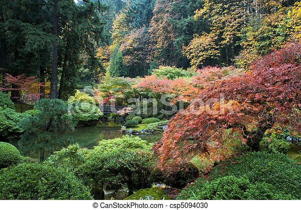 Wooden bridge, Japanese Garden, Portland, Oregon - csp5094030