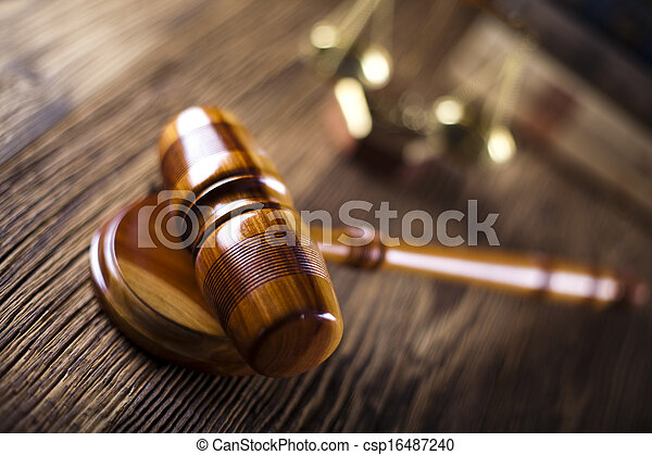 Wooden gavel and law books  - csp16487240