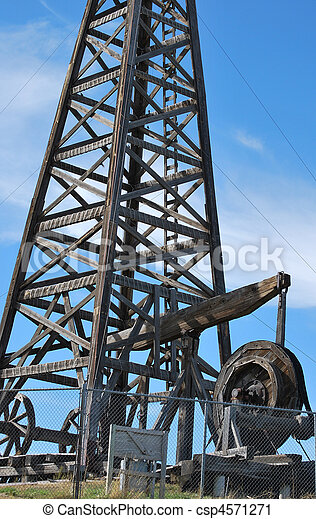 Wooden oil rig. - csp4571271