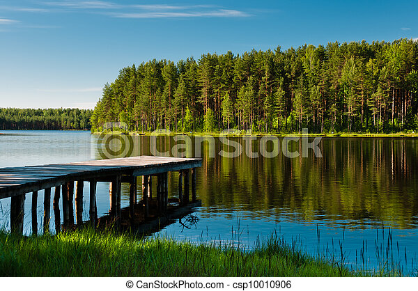Wooden pier and forest on lake - csp10010906