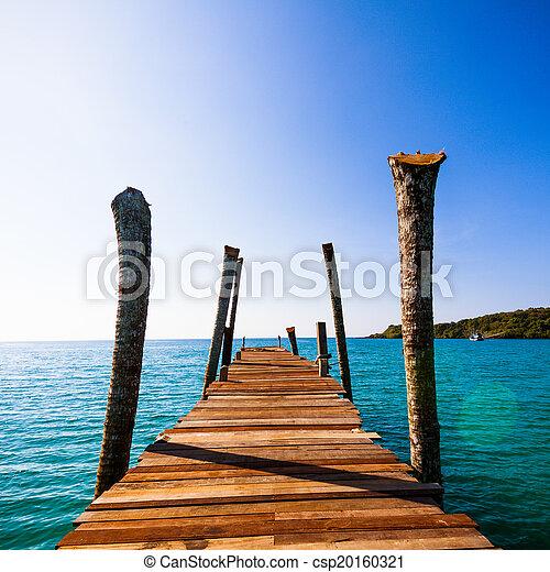 wooden walkway - csp20160321