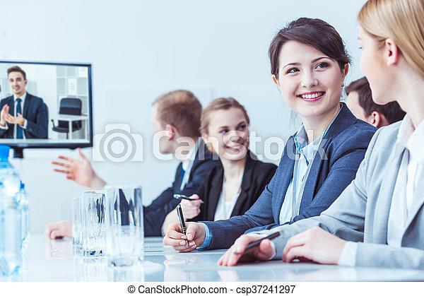 Work in a team is easier - csp37241297