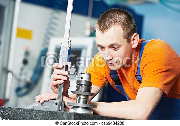worker measuring cutting tool - csp9434288