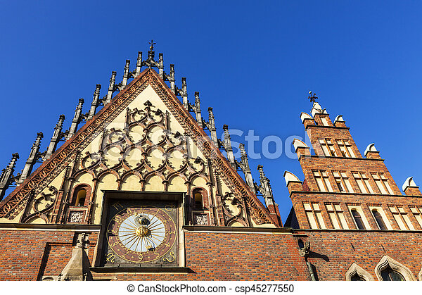 Wroclaw City Hall on Market Square - csp45277550