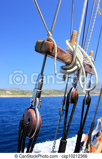 yacht's hinge with sail rolled-up - csp10212366