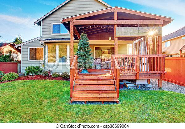 yard, porche, maison bois, pont, dos, walkout, extérieur - csp38699064