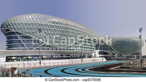 Yas Hotel and Yas Marina Circuit - csp5076596
