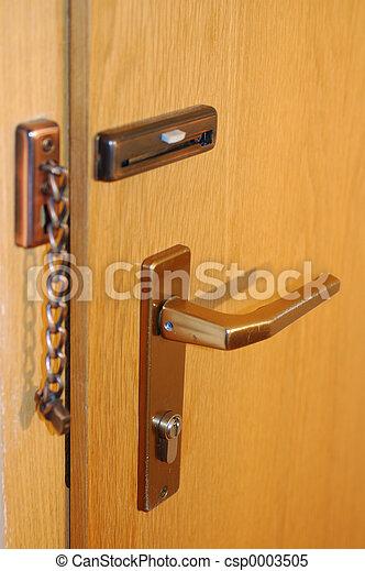 yellow door - csp0003505