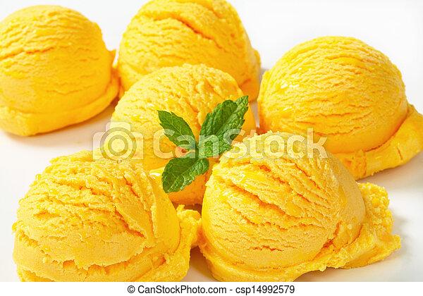 Yellow ice cream  - csp14992579
