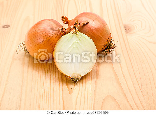 Yellow onions - csp23298595