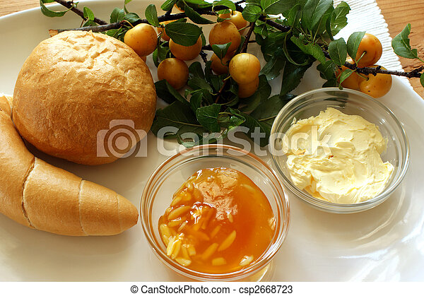 yellow organic plum marmelade and french roll - csp2668723