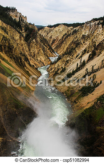Yellowstone Lower Falls - csp51082994