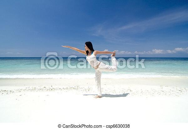 yoga - csp6630038