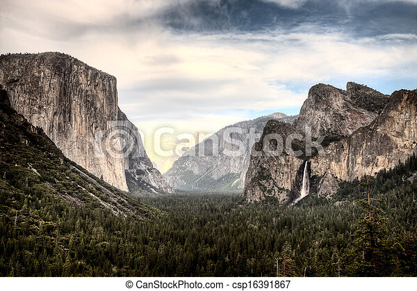 Yosemite National Park - csp16391867