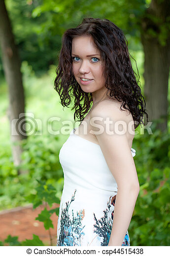 Young and beautiful woman - csp44515438