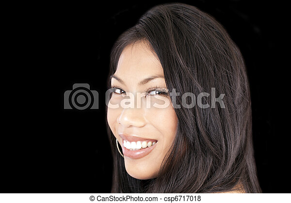 Young attractive pacific island woman smiling portrait - csp6717018
