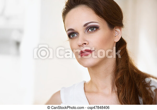Young beautiful woman portrait - csp47848406